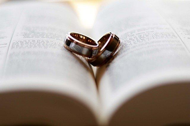 oración bonita para los esposos en su aniversario